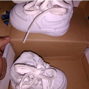 Worn once! White 4c forces